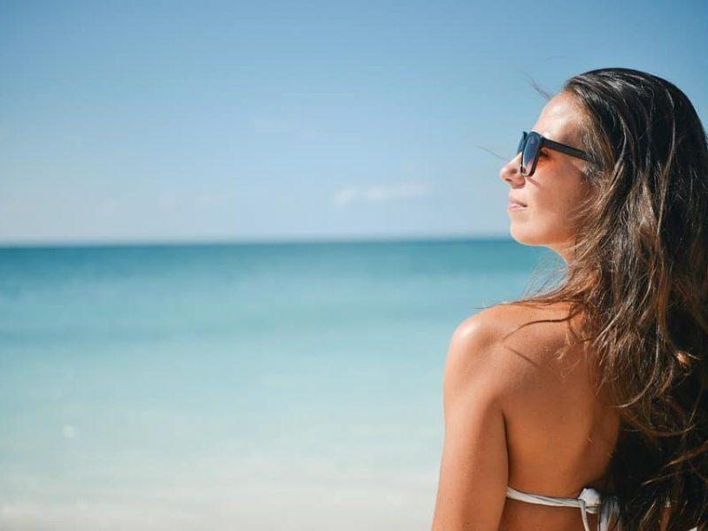 Productos naturales y peinados para verano en tu peluquería.